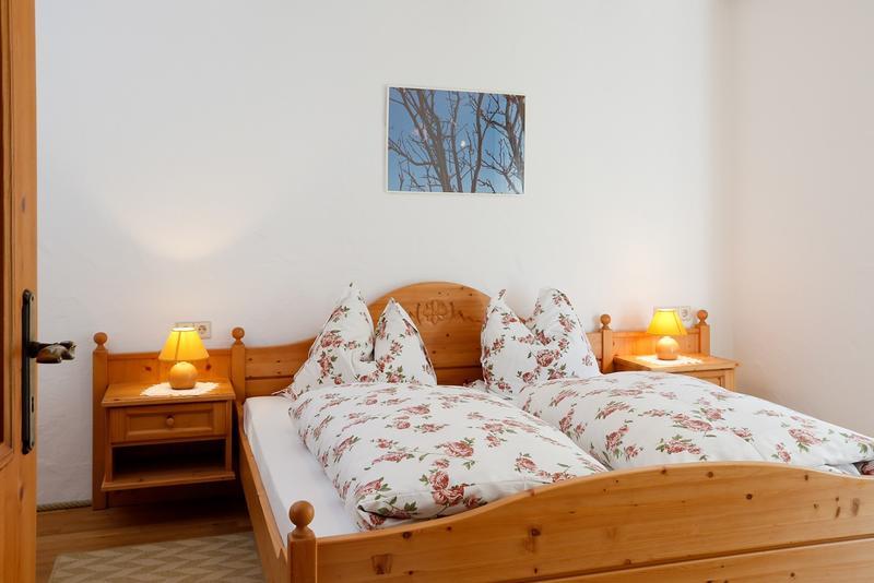 4 x doppelzimmer 25 qm bernachten startseite. Black Bedroom Furniture Sets. Home Design Ideas